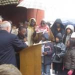 Lecture de textes par les enfants de Chasselay à la commémoration au tata le 11 novembre 2008