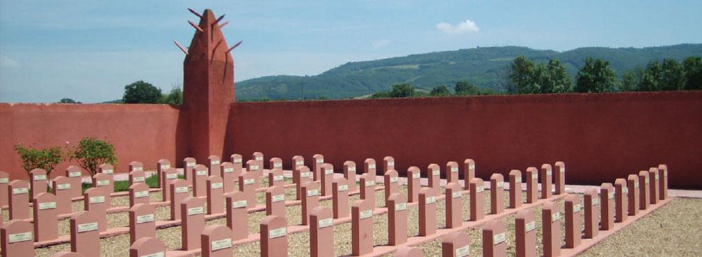 tombes du tata africain de Chasselay